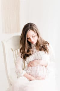 Photographe Montreux, Photographe Morges, Photographe gland, maternity session, maternité, pack maternité, photographe Grossesse, photographe Nyon, photographe Rolle, photographer, studio maternité, white session