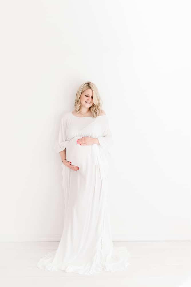 robe maternité, body maternité, photographe Lausanne, photographe maternité Lausanne, photographe grossesse Lausanne, photographe bébé Lausanne, photographe Nyon, photographe Morges
