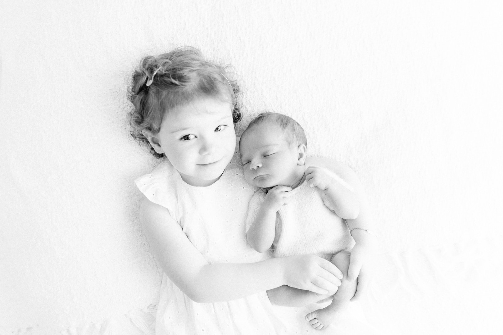 baby photographer Lausanne,  photographe nyon, newborn photographer, Nyon, maternity photographer, Nyon, Lausanne, Gland, Coppet, natural, white session, session maternité, workshop, formation
